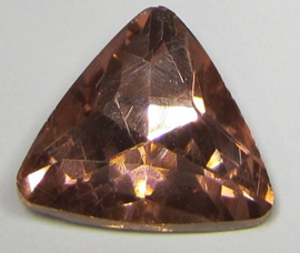 Glass Triangle 23 mm Vintage Rose (per 1)