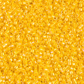DB1572 Opaque Canary AB (5 g.)