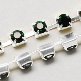 Cup Chain SS8 2,5 mm Dark Emerald (meter)