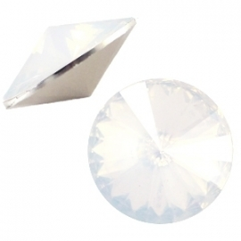 Resin Rivoli 12 mm White Opal (per 3)