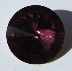 Glass Rivoli 18 mm Red Amethyst G501 (per 1)