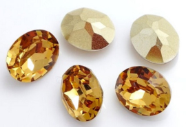 Resin Oval 10 x 14 mm Champagne (per 3)