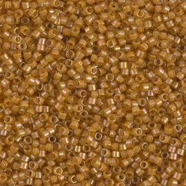 DB0272 Goldenrod Lined Topaz AB (5 g.)