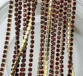Cup Chain SS6 2 mm Gold - Dark Siam (per 50 cm)