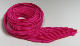 Shibori Silk Tyrian Rose (per 20 cm)