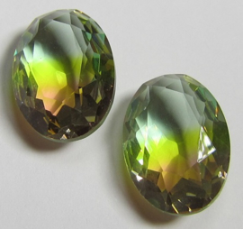 Glas Ovaal 13 x 18 mm Unfoiled Dual Coated Light Peridot/Peach (per stuk)