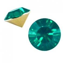 Resin Chaton SS29 Emerald Green Opal (per 10)
