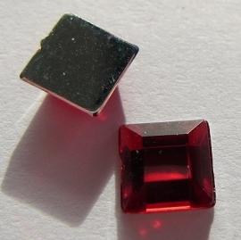Cabochon Acrylic Square 6 mm Red G293 (per 15)