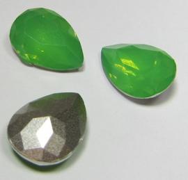 Resin Drop 13 x 18 mm Green Opal (per 1)