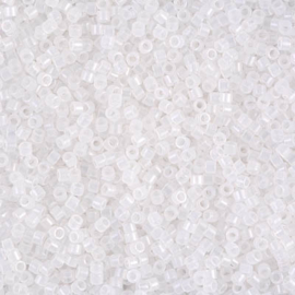 DB0220 White Opal (5 g.)
