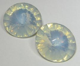 Resin Rivoli 18 mm Crystal Opal (per 2)