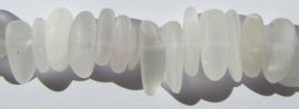 Bergkristal Frosted Nuggets E1833 (per streng)