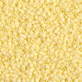 DB2101 Duracoat Op Lt Lemon Ice (per 5 gram)