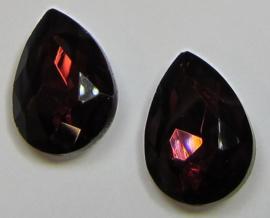 Glass Drop 13 x 18 mm Burgundy (per 1)
