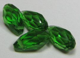 Faceted Drops 12 x 6 mm Fern Green (per 4 beads)