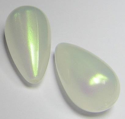 Resin Drop 26 x 14 mm Aurora White (per 1)