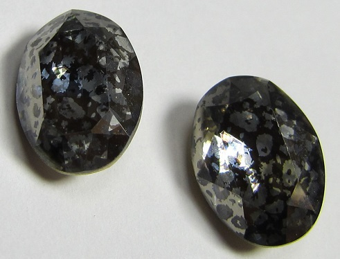 Glass Oval 10 x 14 mm Crystal Nickel Patina (per 1)