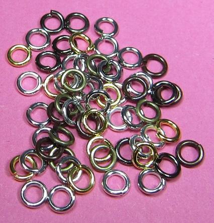 Ring Enkel 5 mm Mix H471 (per 5 gram)
