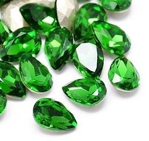 Glass Drop 20 x 30 mm Fern Green (per 1)
