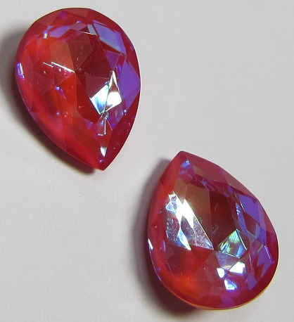 Glass Drop 13 x 18 mm Crystal Pink Raspberry DeLite (per 1)