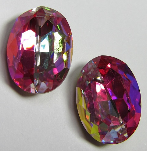 Glass Oval 13 x 18 mm Rainbow Hot Pink (per 1)