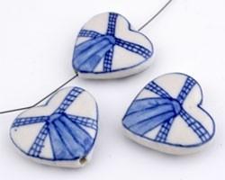 070044 Porseleinen kralen hartvormige delftsblauw ± 28x26x7mm (Blauw/Wit)