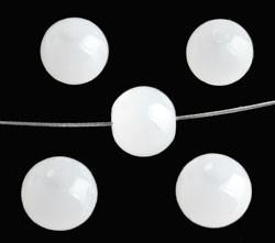 110284 Glaskralen rond ± 8mm wit licht doorschijnend. 50 stuks