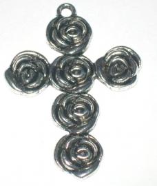 090765 Hanger kruis met rozen zilvermetaal afm 5 x 3,5 cm