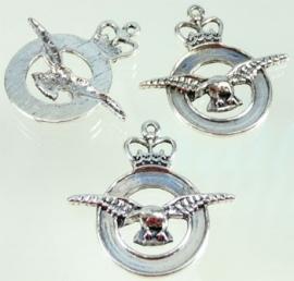 090614 Metaal hanger ring met kroon en vogel 42mm (Nikkelkleur)