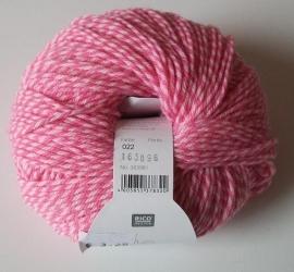 Rico, Baby Classic DK, kleurnummer 022 (Candy pink)