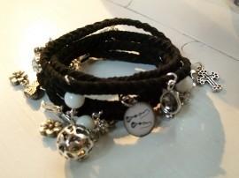 Zelmaakpakket wrap armband, met bedels,slot en duidelijke beschrijving.