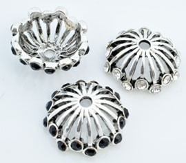 090968 Metalen kapje bewerkt met strass ± 21x8mm (Kristal/Zwart)