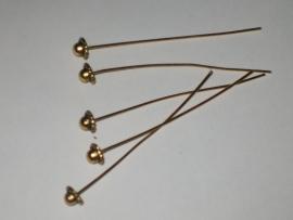 090250 Gouden nietstiften mooi versierd afm 6 cm.