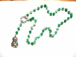 210151 Natuursteen ketting in de vorm van rozenkrans maar met boeddha hanger, handmade