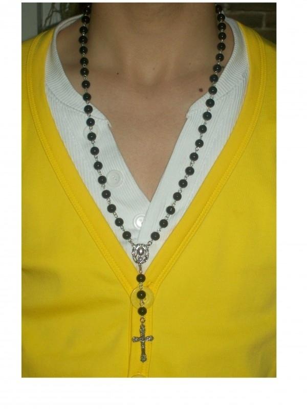 210112DHZ Zelfmaakpakket rozenkrans zwart met zilveren crucifix (kruis)