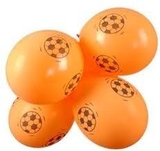oranje ballon met voetbal