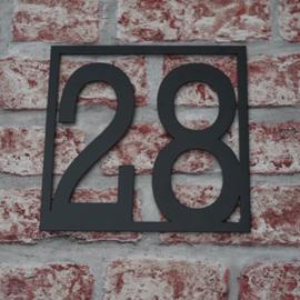 Huisnummer Vierkant Strak zwart gepoedercoat