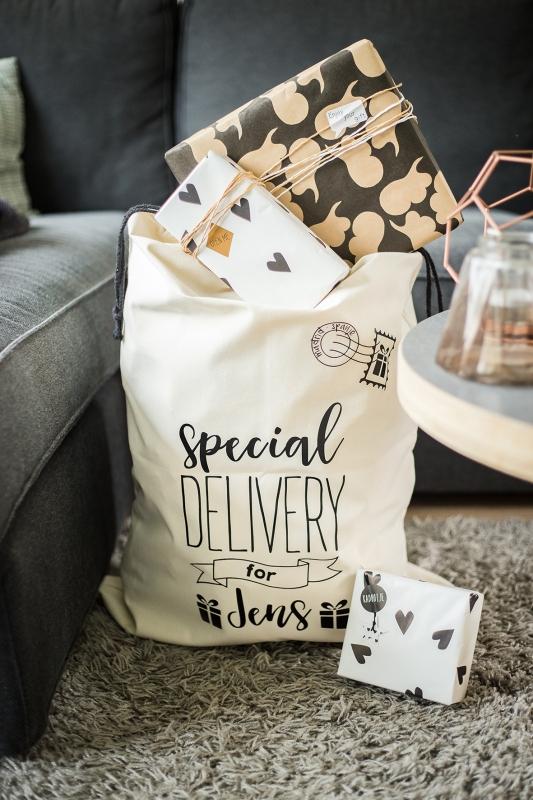 Cadeau zak verjaardag 'Special Delivery for'