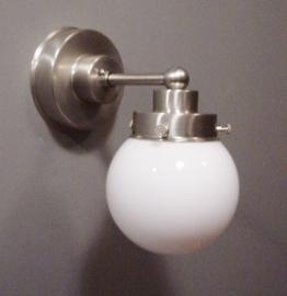 Wandlamp Recht strak + Bol 10 cm.