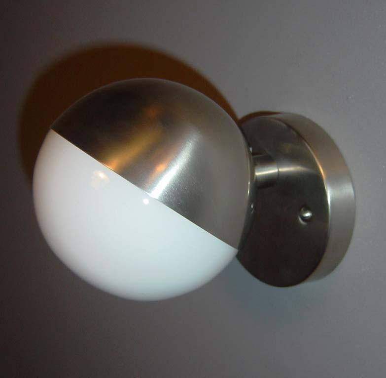 Wandlamp Lauritsen opaal
