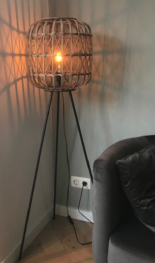 Vloerlamp bamboe 140 cm hoog