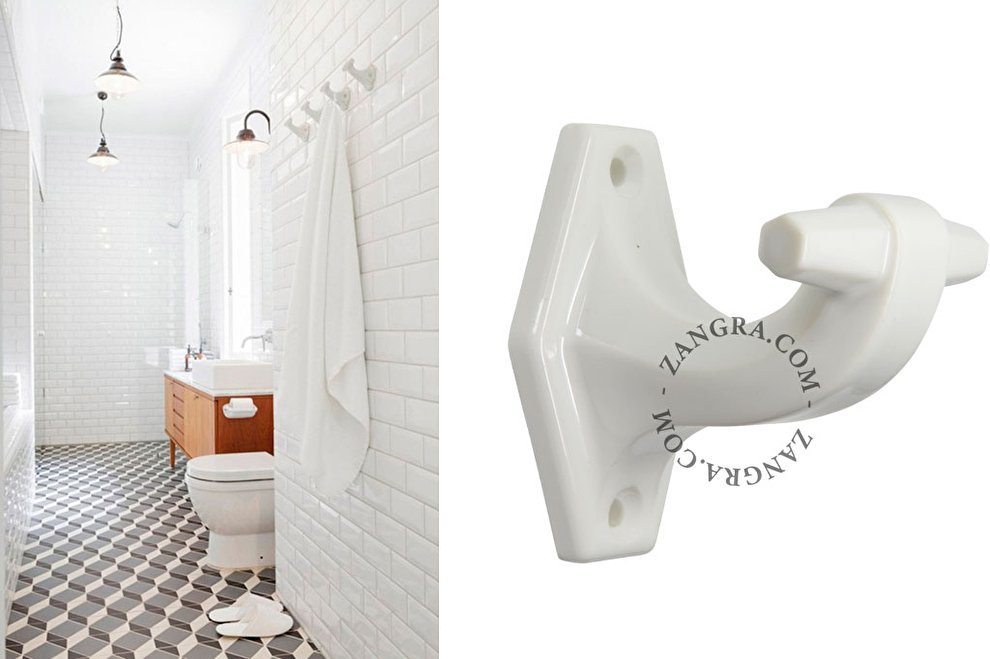 bathroom.010.w wit porselein kleding haak zangra 19toen sfeer...jpg