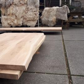 Nieuw eiken tafelblad met boomstamrand 220x100x4cm