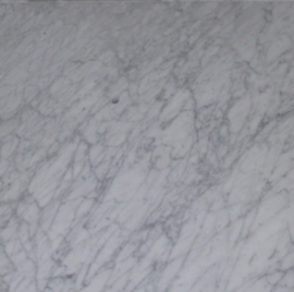 Plint marmer Carrara wit vrije lengtex80x10 mm glanzende voorzijde Prijs per strekkende meter