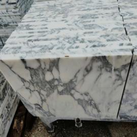 PARTIJ Vloertegel marmer Carrara Arabescato Venato Vecchio 600x600x20 mm mat gezoet met strakke kanten Prijs per m2