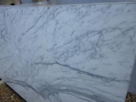 Vloertegel marmer Carrara Chiaro CD wit grijs 1200x600x20 mm mat gezoet Prijs per m2