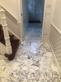 PARTIJ 30 m2 Vloertegel marmer Carrara Arabescato Corchia Venato 600x300x20 mm mat gezoet Prijs per m2