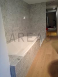 Wandtegel marmer Carrara Super wit grijs strips vrije lengte circa 1000x80x8 mm glanzend Prijs per m2