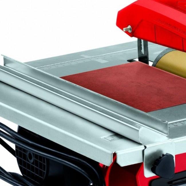 Tegelzaag voor wandtegels en dunne vloertegels tot 10 mm dik. Watergekoeld en 600 Watt Prijs per stuk