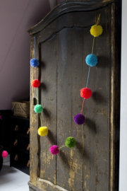 POMPOM slinger Quirky Things
